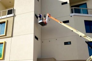 Why You Should Choose A Professional Window Cleaner For Your Post Construction Cleanup