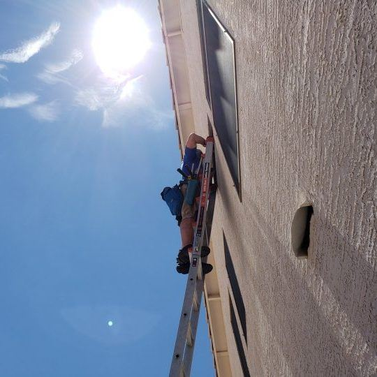 cleaning windows in Chandler, Arizona